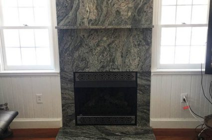 /img/Gallery/2017-granite-fireplace2-425x280.jpg